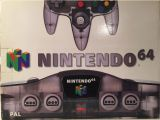 The picture of the Nintendo 64 Clear Black (Europe) bundle