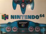 The picture of the Nintendo 64 Clear Blue (Europe) bundle