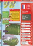Scan of the review of FIFA 98: Road to the World Cup published in the magazine Consoles + 072