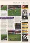 Scan of the review of FIFA 98: Road to the World Cup published in the magazine 64 Magazine 09, page 4